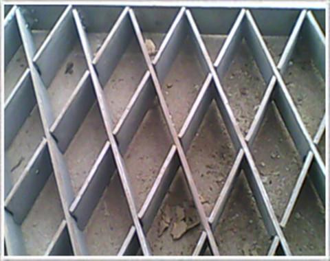 格子板网图片1